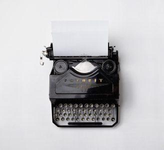 Kirjoittaja - nyt on aika oppia uusia taitoja.